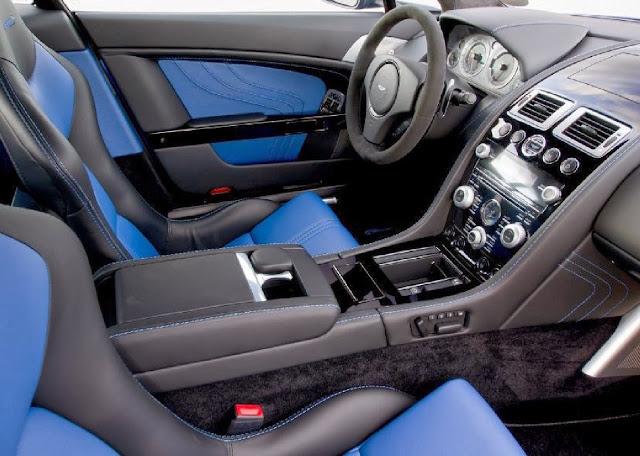 Interior del Aston Martin Vantage S