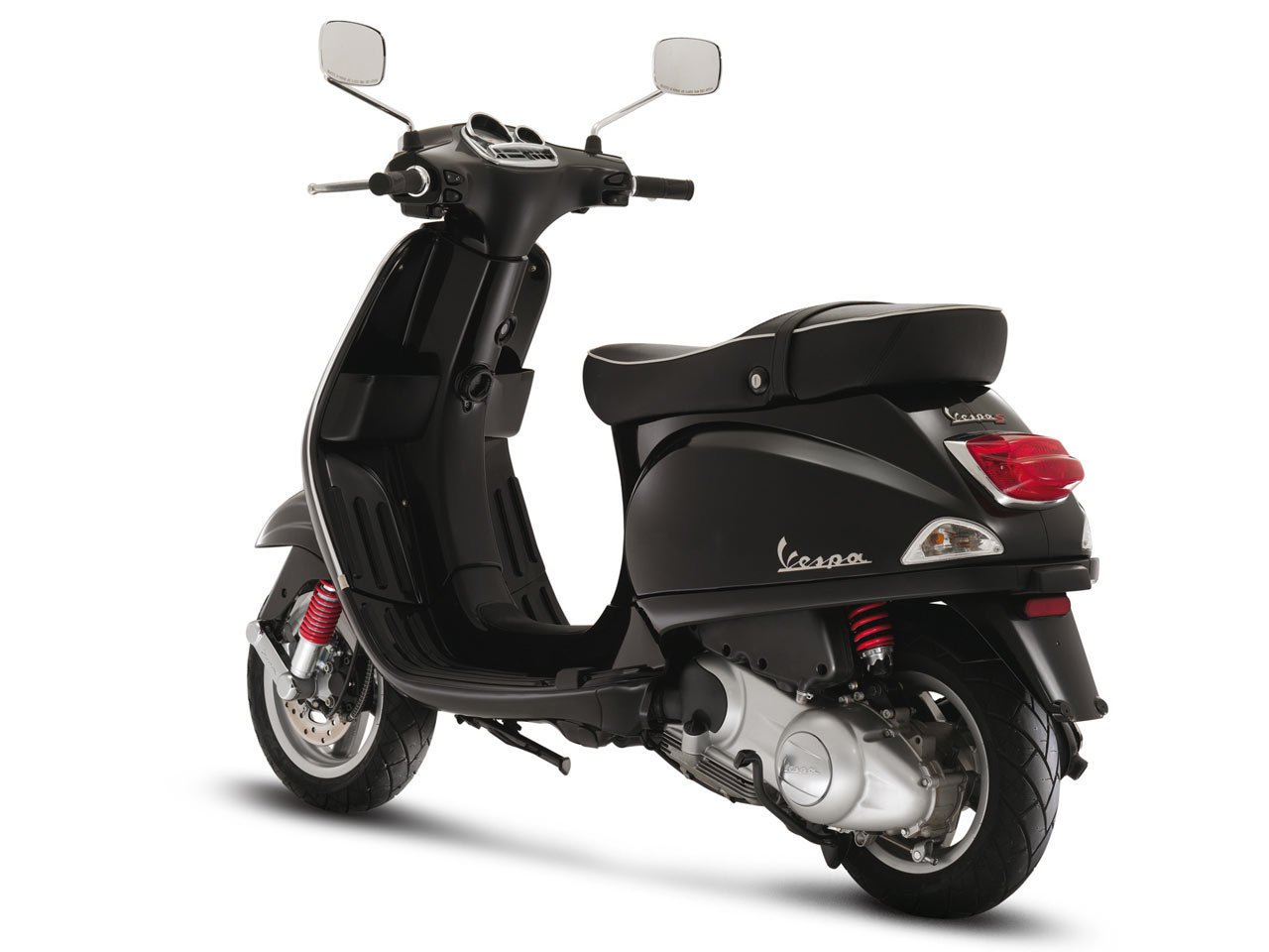 IBN   Indian Biker News  Piaggio to launch exciting Variants of Vespa