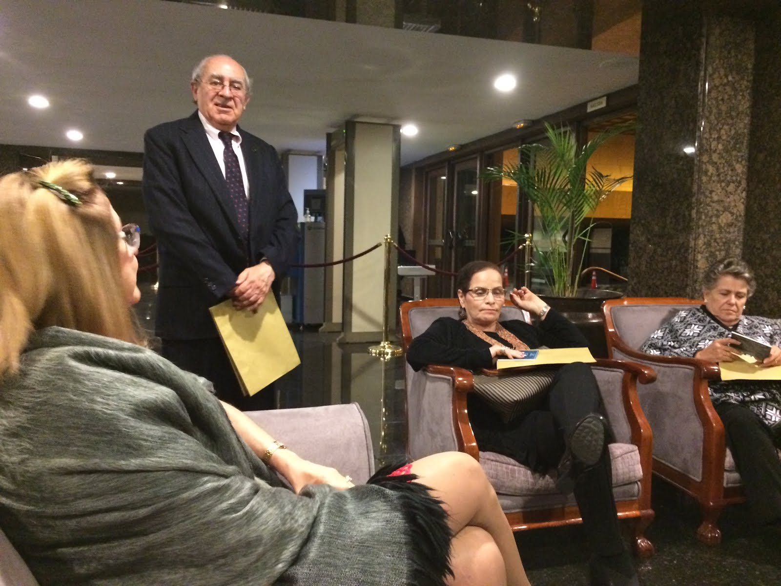 Con Marcia Stacey, Giselle Fernandez y Luis ALvaro gallo