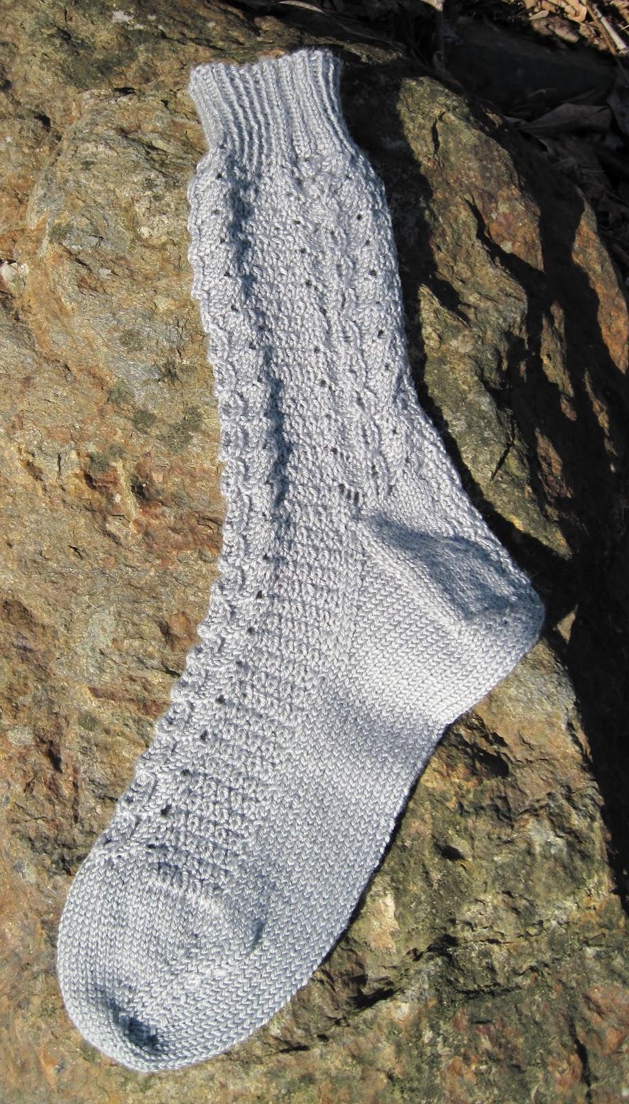 Knitting Vintage Socks Nancy Bush : Yarns with a twist