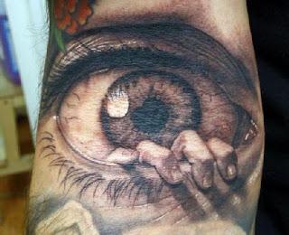 Tatuagens exóticas olho no braço