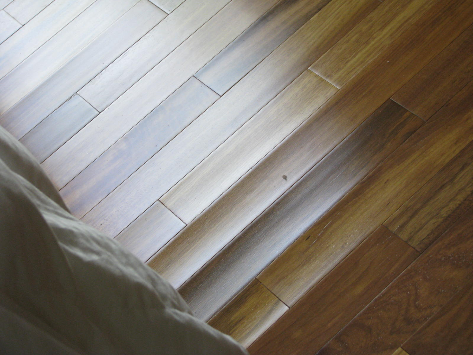 Floor to your door summer humidity how it effects your for Hardwood floors cupping