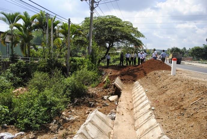 Gia Lai: Gia đình Phó trưởng Đài PTTH tiếp tục cản trở thi công đường HCM