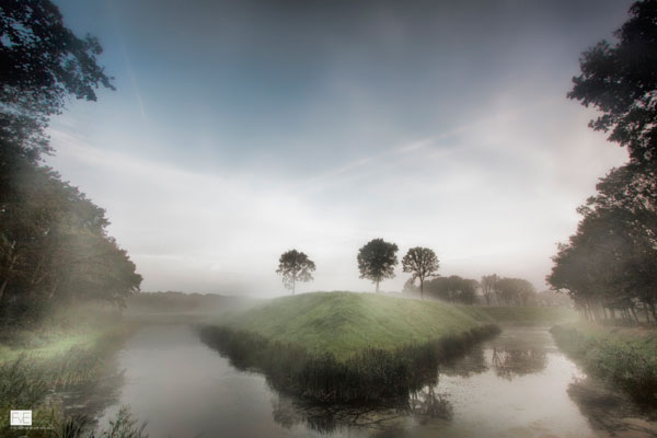 Bookbike Van Byografia : A beautiful misty morning: photos by frank van es
