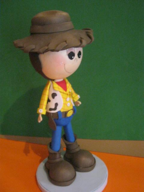 Como hacer un Woody de fomi - Imagui