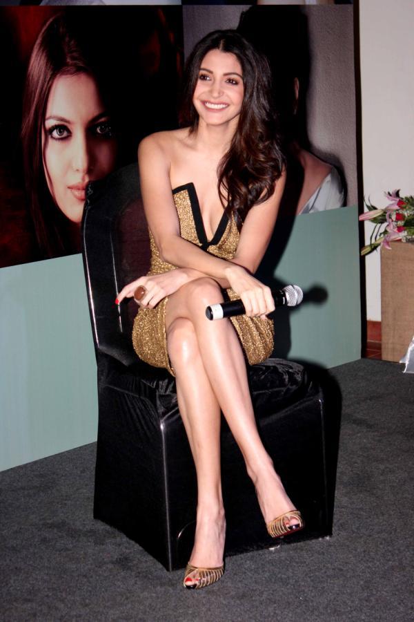 anushka sharma launch femina new issue 17 Bollywood Actresses Oops and Panty Upskirts