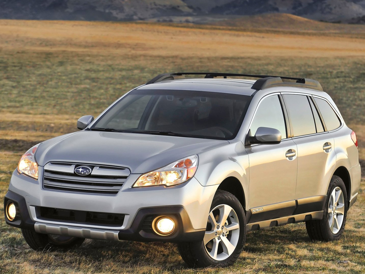 2013 subaru outback review and pictures car review. Black Bedroom Furniture Sets. Home Design Ideas