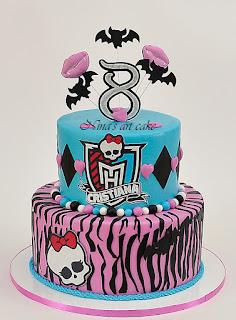 """Tort """"Monster High"""" pentru Cristina"""