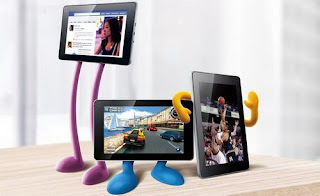 Huawei MediaPad tablet with Android 4.0, new color series 1