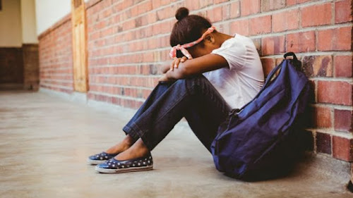 Onda de suicídios de meninas de 13 a 17 anos atormenta a França