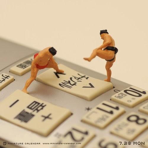 14-Sumo-Tatsuya-Tanaka-Miniature-Calendar-Worlds-www-designstack-co