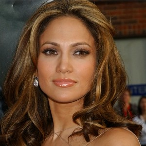Ishnae Beauty's Daily Blogs: J-Lo Inspired Makeup Tutorial ...