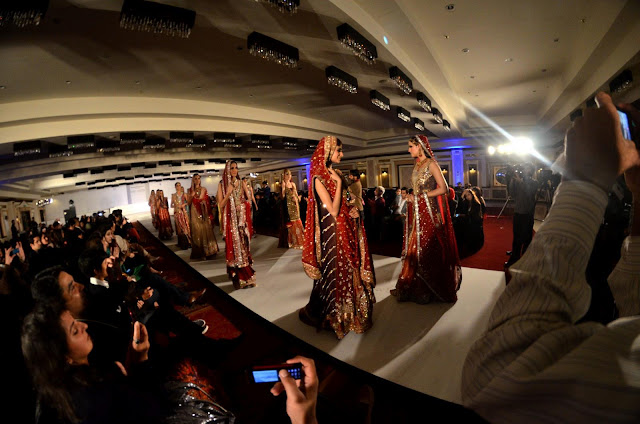 Fashion Show Islamabad Oozes Couture