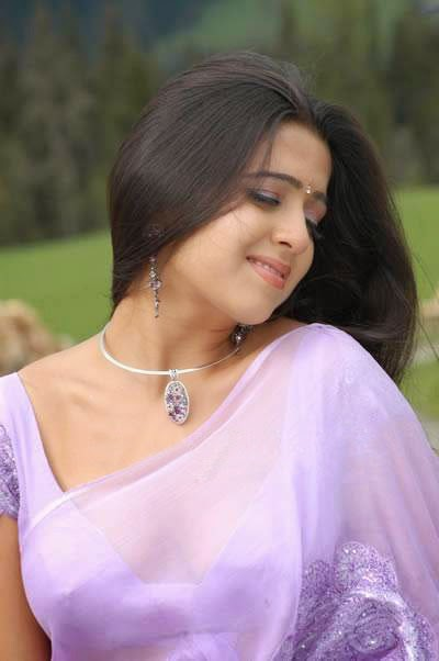 http://actresshdgalleryz.blogspot.in/2014/11/charmi-telugu-movie-actress-hot-novel.html