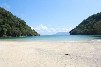img 20120411080333 4f84d8654b224 Nusa Barong Island   Papuma Beach | Jember   East Java