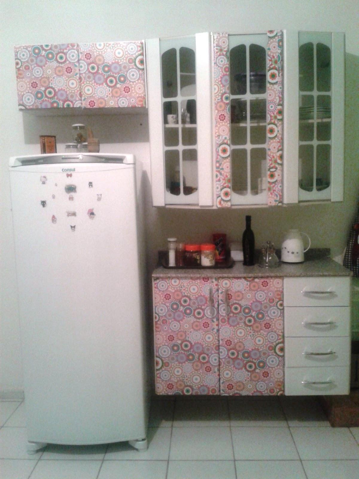 Papel contact no armario da cozinha #614C3F 1200x1600