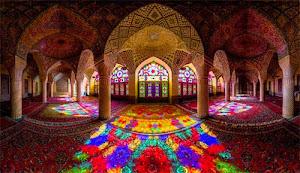 Interior-Masjid-Nasir-al-Mulk