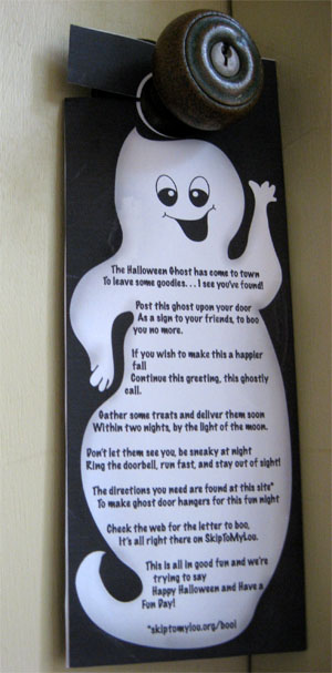 Decorating Ideas > Sheek Shindigs Have You Been BOOed? ~ 040025_Halloween Door Hangers Free Printable