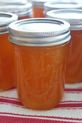 canning apricot jam