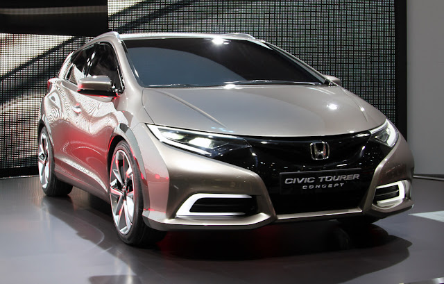 2013 Honda Civic Tourer Wagon Geneva Photo