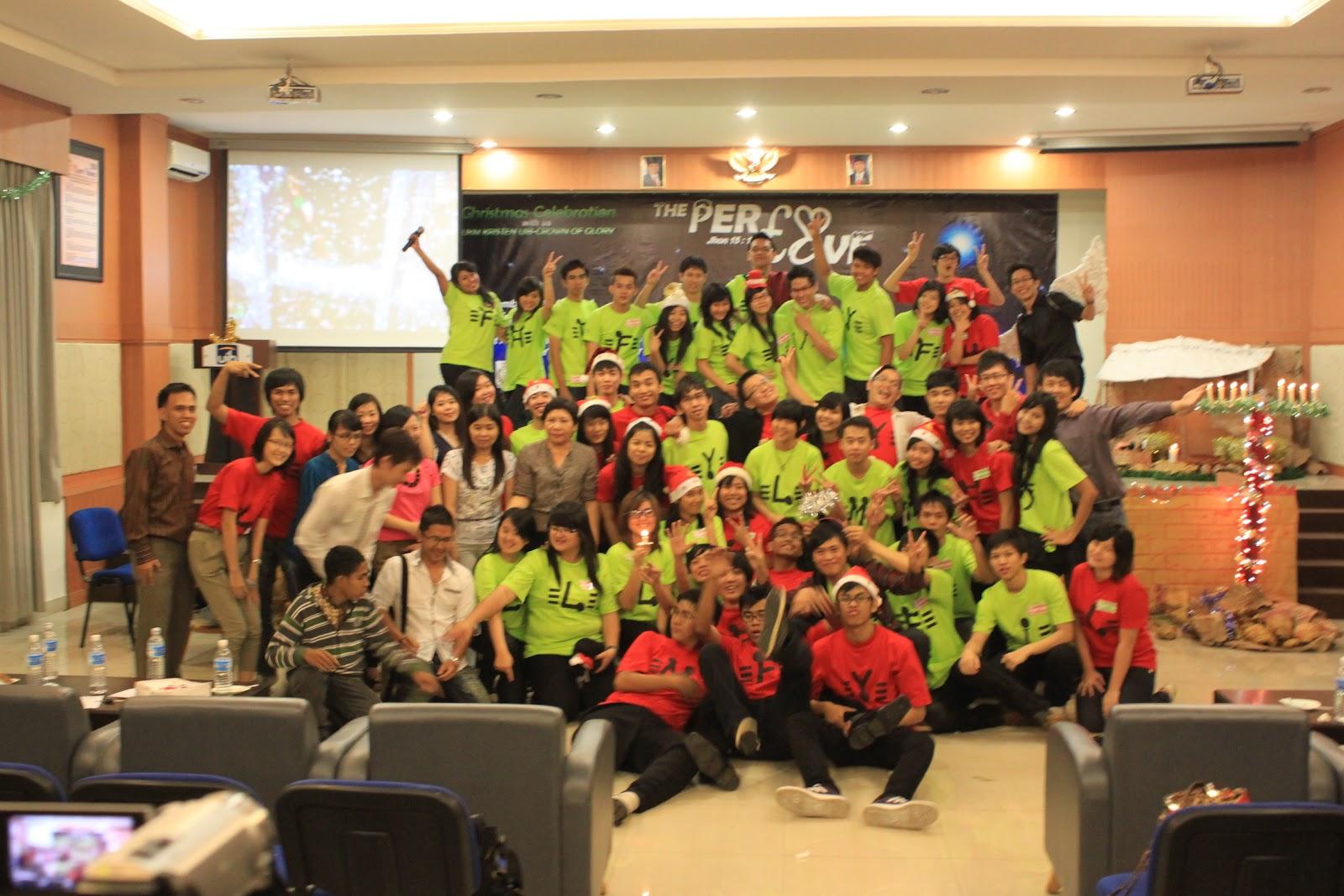 """Para Panitia Natal UKM COG UIB 2011 ^_^ #Sesuai dengan tema """"The"""