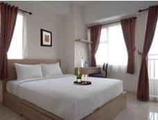 Hotel Yang Ketiga Adalah Margonda Residence III Ini Menyediakan Fasilitas Free Breakfast Dan Juga Kolam Renang Suasana Kamar Bersih Nyaman