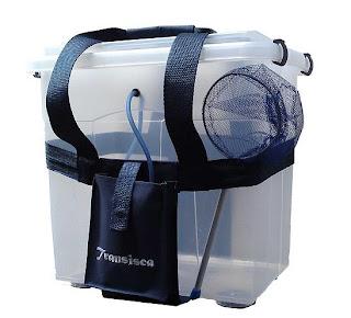 Foto de uma caixa plastica para transportar e oxigenar iscas vivas
