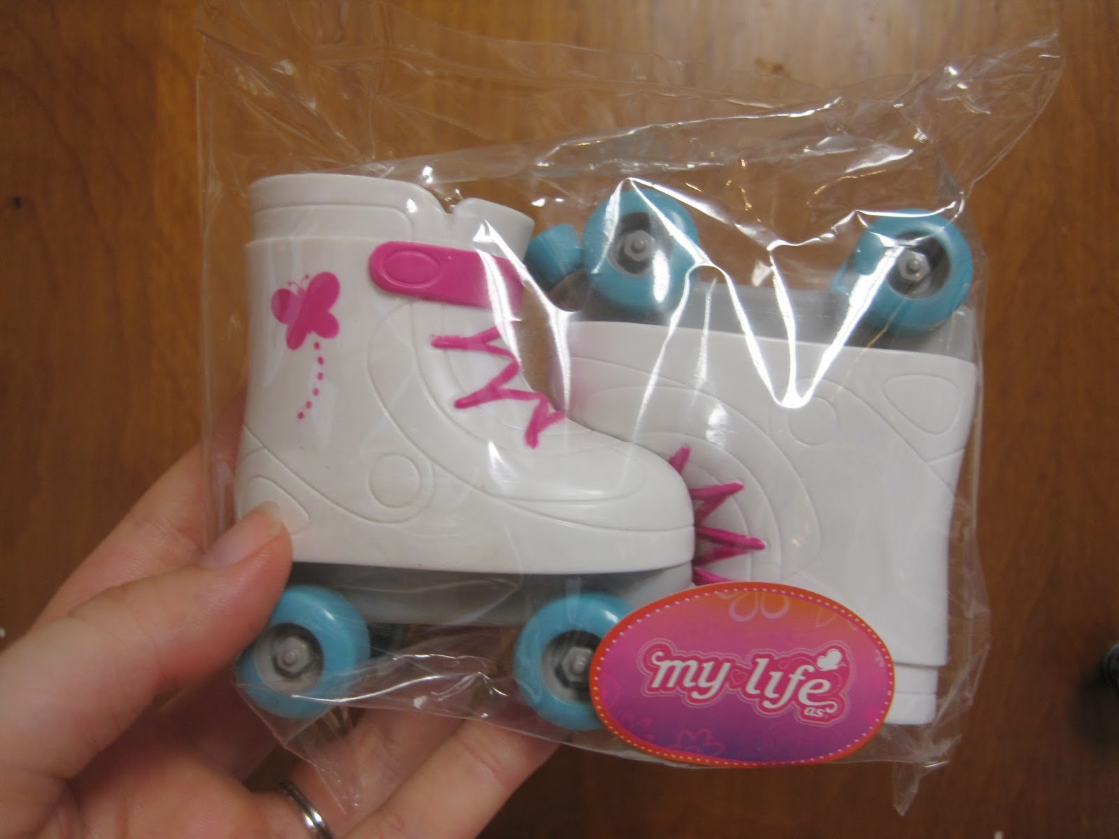 Frozen roller skates walmart - I Checked Walmart Online And Found A Few Links To The New Things Only One Doll Is There So Far But It S One Of The Two That Was In Our Store