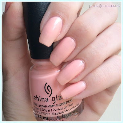 coloristiq-monthly-nail-polish-rental-china-glaze-pack-lightly-swatch