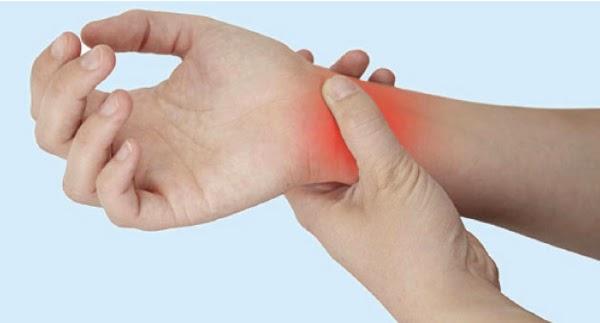 ماهي, أسباب, آلام, وتنميل, اليدين, والأصابع, وطرق, علاجها, ألم اليدين والأصابع,أسباب التنميل, تنميل اليدين والأصابع,