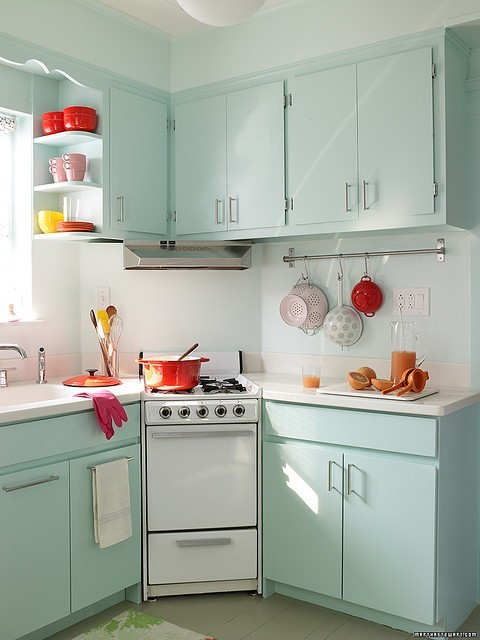 iu0027m thinking maybe i can incorporate color into the kitchen in another way check out some of these colorful kitchens - Colorful Kitchens
