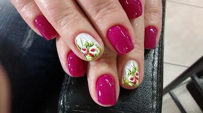 decoração de unhas facil em tons de rossa