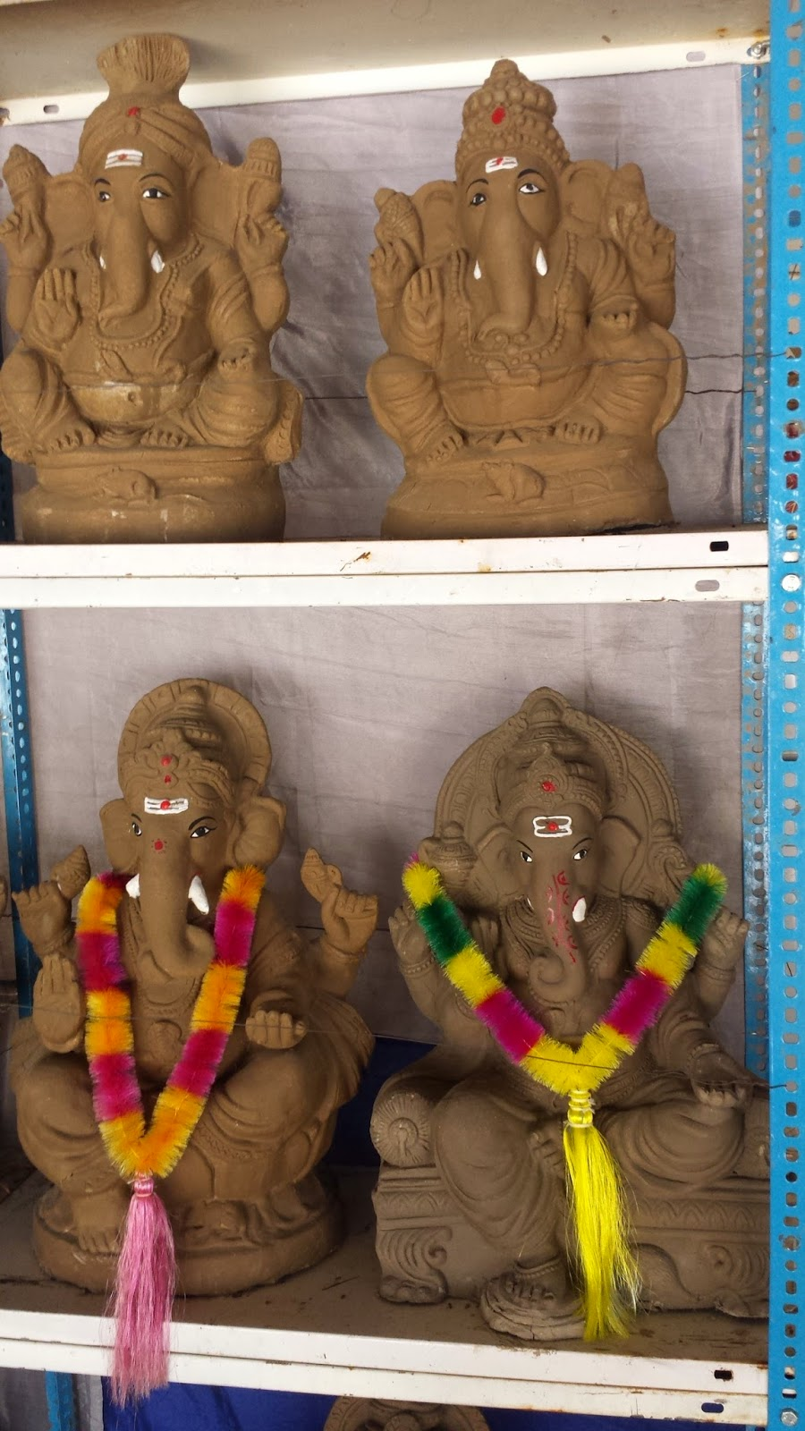 clay ganesh idols, matti vinayaka vigrahalu at nizampet, kukatpally