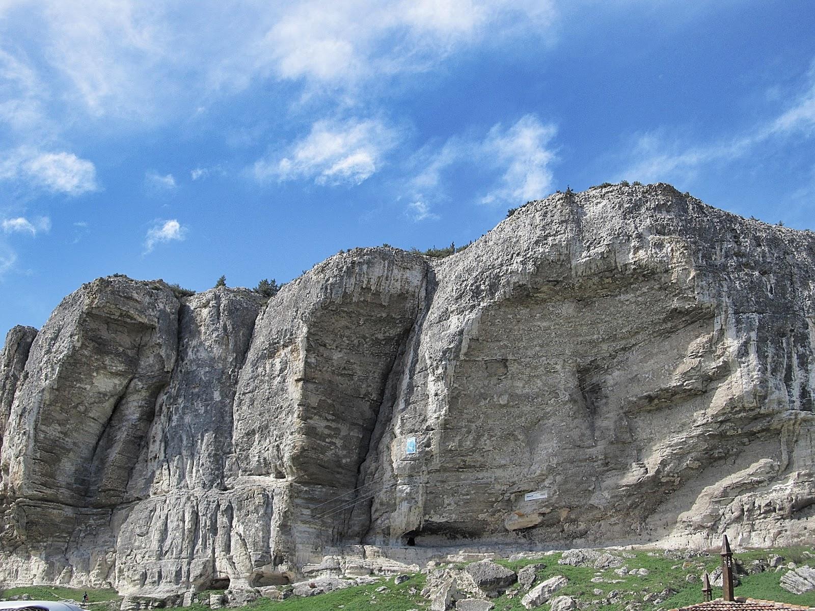Use My Camera: A Crimean Mountain Monastery