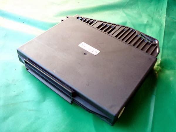 W210 エンジンコンピューター