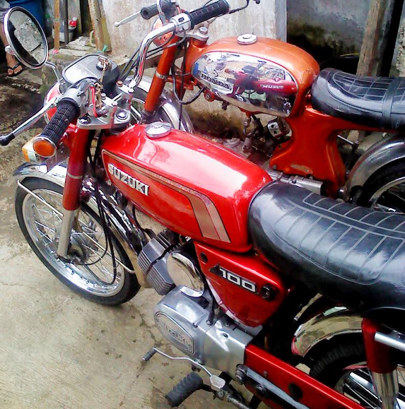 SUZUKI A100 1980 - merah (verygood condition) title=