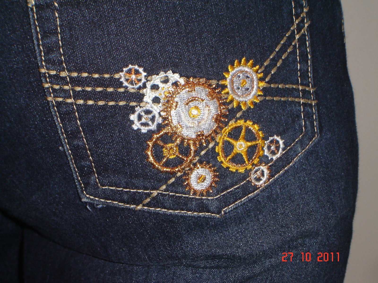 Genevieve s kaszazz embroidered jeans