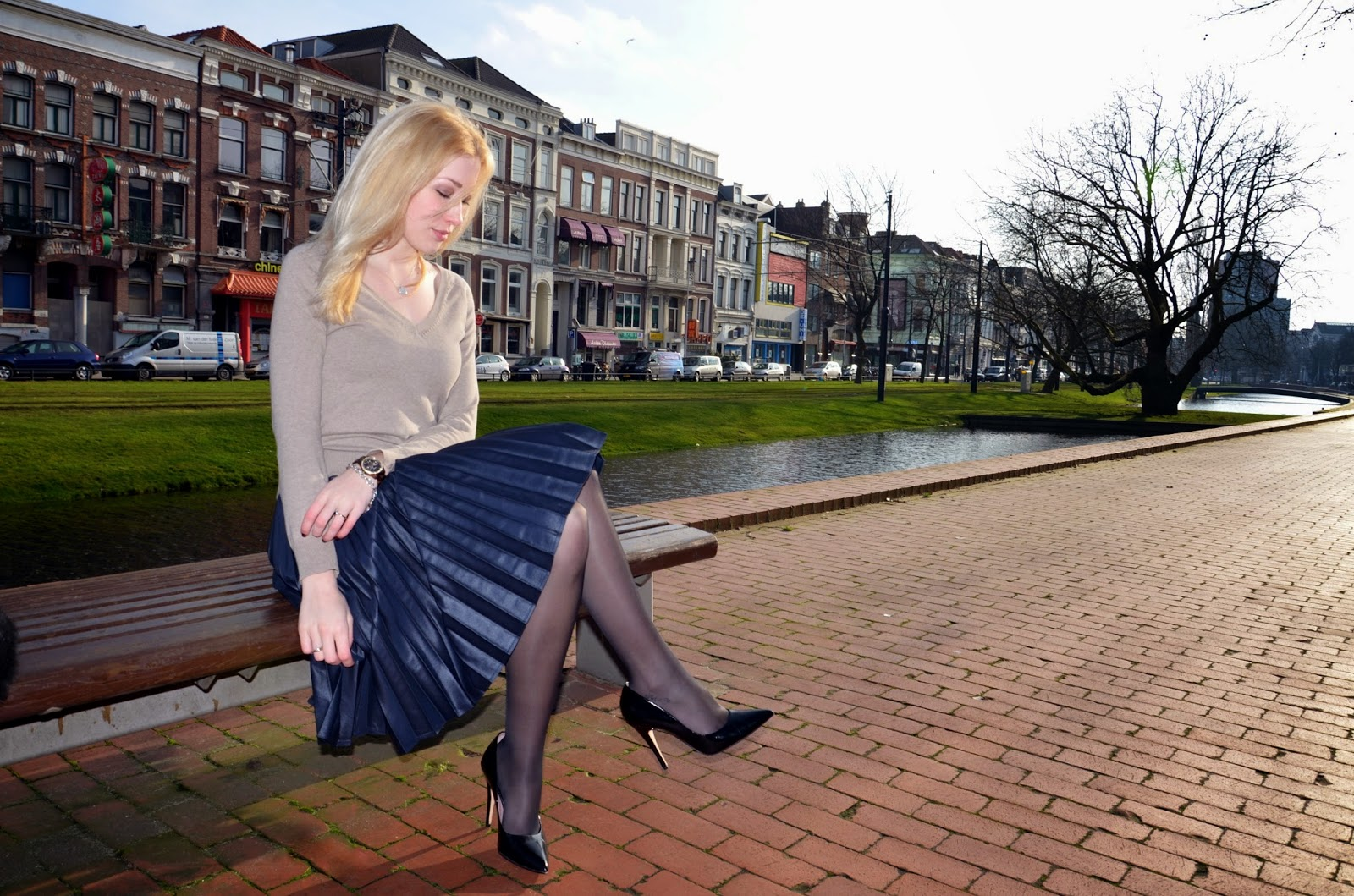 http://www.dashinglyelevating.com/2014/01/outfit-post-pleated-midi-skirt.html