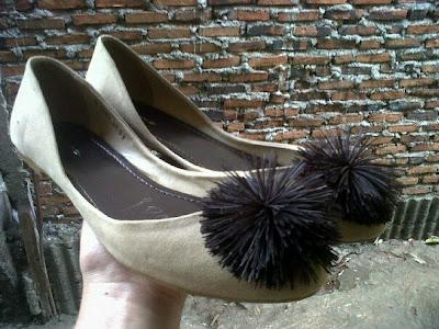 Aneka model sepatu sandal wanita murah,model sepatu wanita  Cream_Brown
