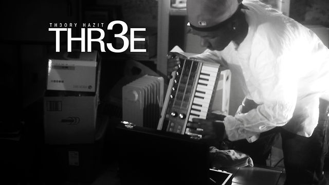 Theory Hazit - Thr3e 2012 playin a instrument live