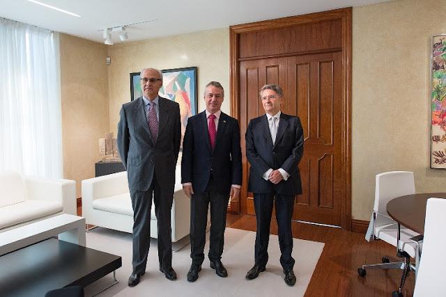 Emiliano López Atxurra y Andreu Puñet reunidos con el lehendakari Iñigo Urkullu