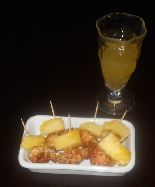 bocconcini di pollo al sesamo e cocktail mimosa