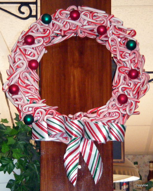 yah candy cane wreath
