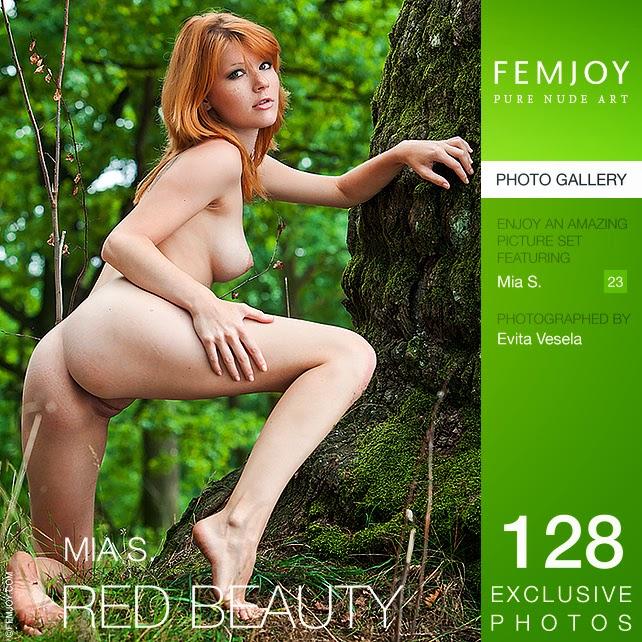Frekmjok 2014-08-03 Mia S - Red Beauty 09010