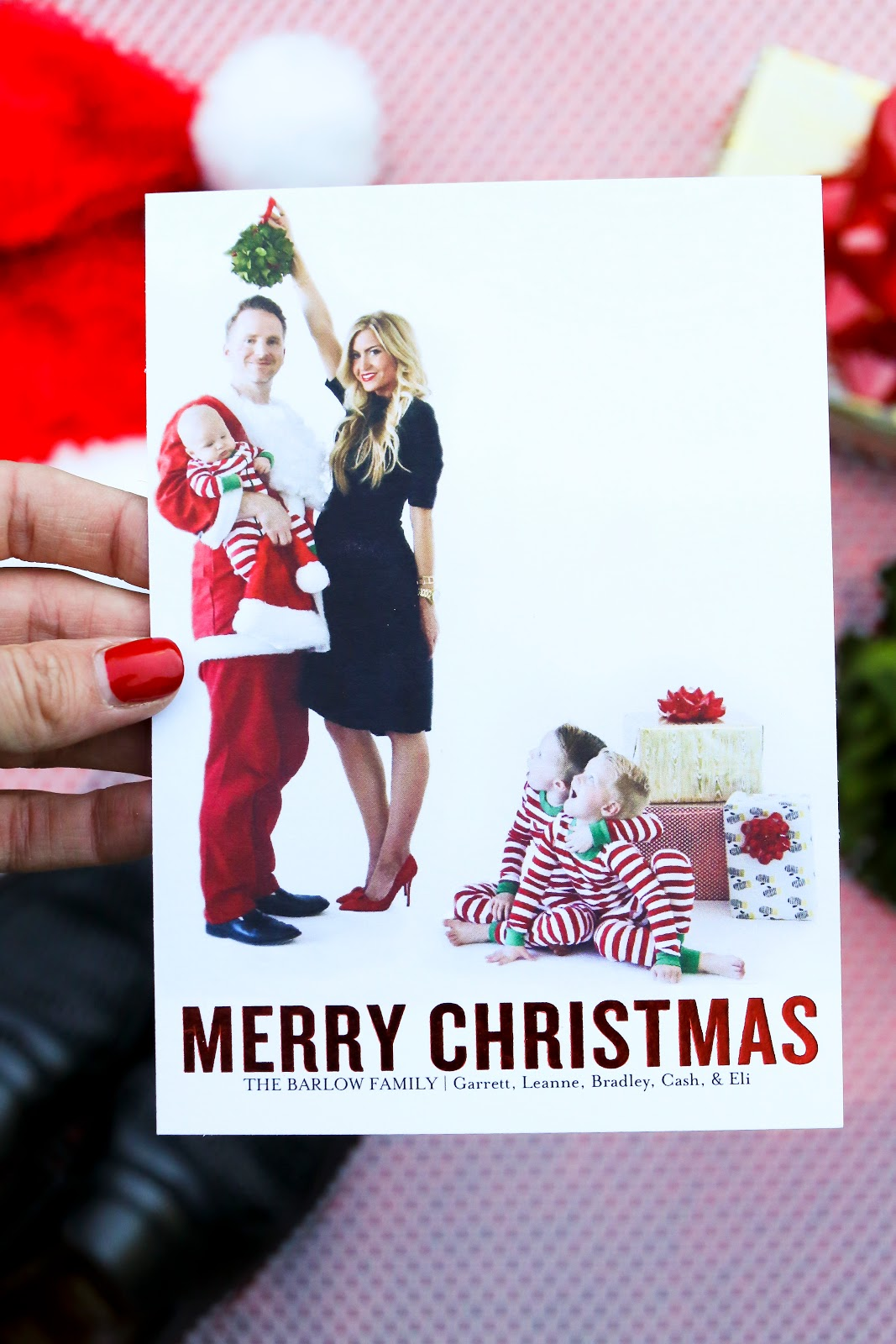 i listed 3 tips on how to make your christmas cards unique and memorable below