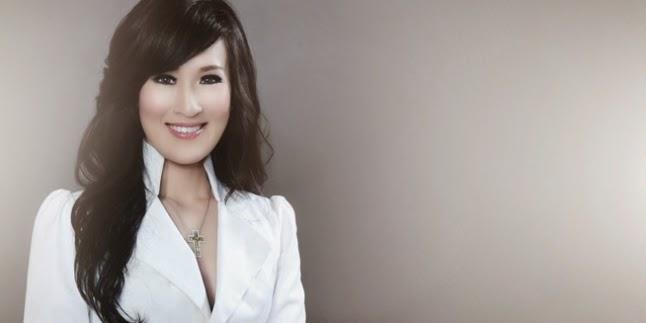 Dokter Paling Cantik Di Indonesia