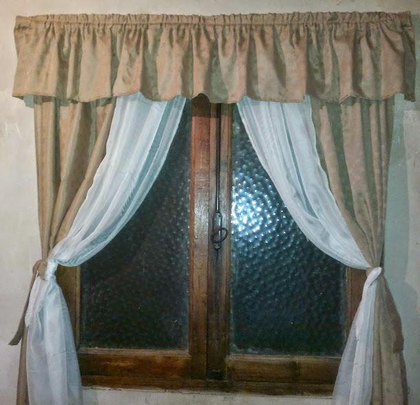 Cortina en ratier y voile para ventanas de 1,5 x 1.5 $ 400