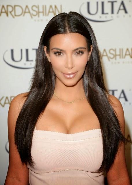 Kim In Bikini