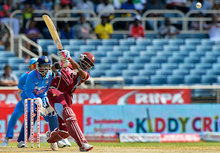 Darren-Bravo-vs-India-Tri-Series-2013
