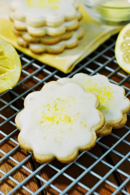 The Kitchen is My Playground: Lemon-Glazed Butter Cookies